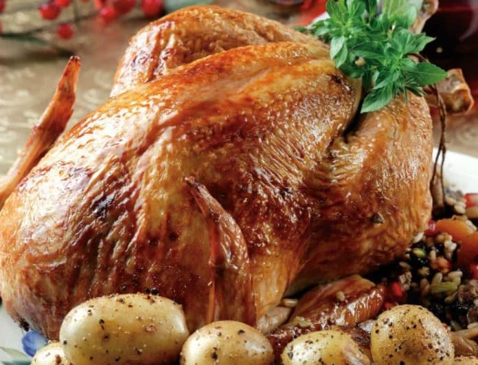 Λαχταριστό γεμιστό κοτόπουλο! Η συνταγή που θα ξετρελάνει τους καλεσμένους σας!