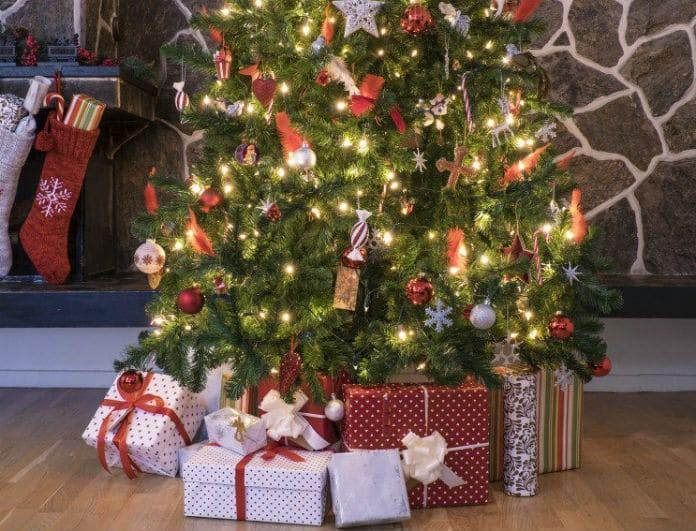 Φτιάξτε μόνοι σας το Χριστουγεννιάτικο δέντρο του σπιτιού σας! Βήμα - βήμα ο τρόπος για να τα καταφέρεις!