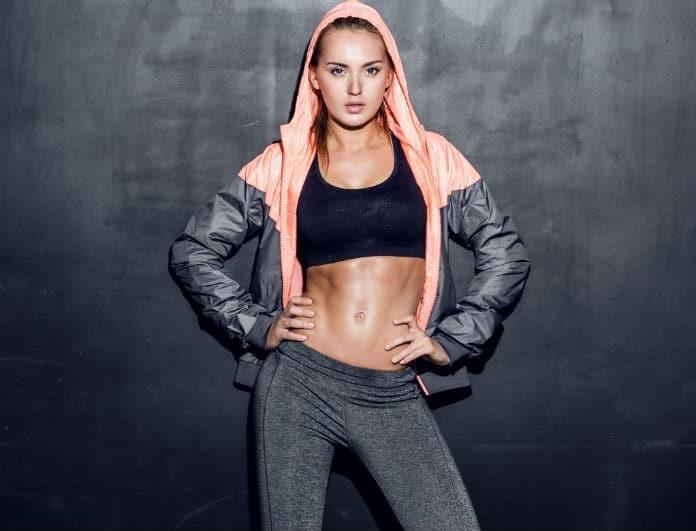 Έχεις κοιλίτσα; Η κίνηση - κλειδί πριν τη γυμναστική που απομακρύνει το επίμονο λίπος!