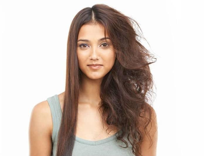 Υγρασία και φριζάρισμα: Μάθε το κόλπο που θα κάνει τα μαλλιά σου πιο λεία από ποτέ!