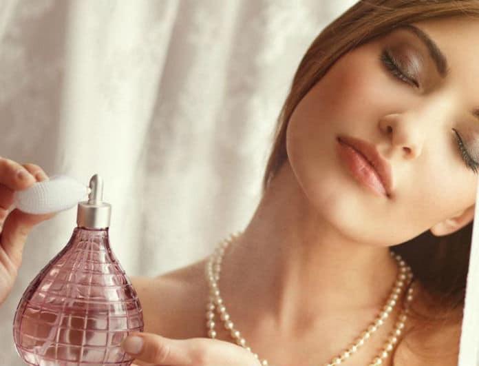 Θέλεις να μυρίζεις πάντα τέλεια; 6 tips που θα σε κρατήσουν μυρωδάτη όλη μέρα!