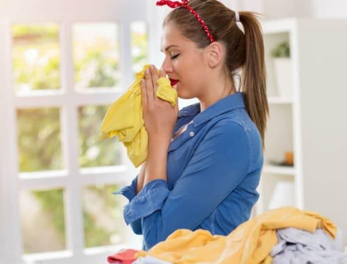 Μυρίζουν τα σεντόνια και τα ρούχα σου υγρασία; Τα 5 + 1 tips που θα σε σώσουν!