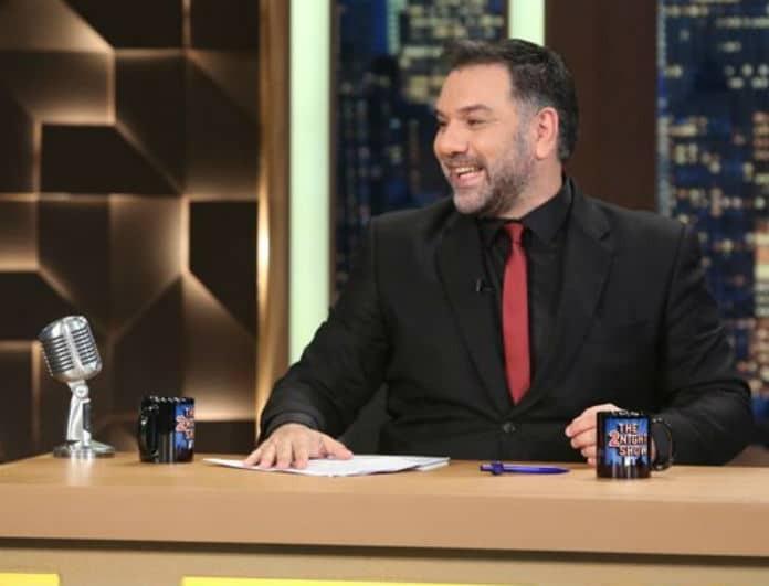 Γρηγόρης Αρναούτογλου: Οι αποψινοί καλεσμένοι του «The 2night show»! Όσα θα δούμε...