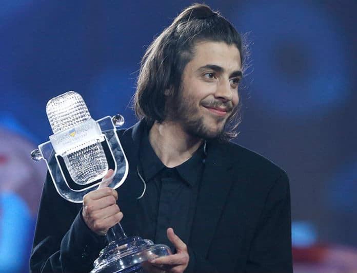 Σε πελάγη ευτυχίας ο νικητής της Eurovision 2017! Τι συνέβη έναν χρόνο μετά τη μεταμόσχευση καρδιάς;