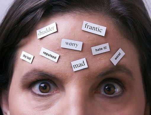6+1 τοξικές σκέψεις που πρέπει να αποβάλλεις από την καθημερινότητά σου!