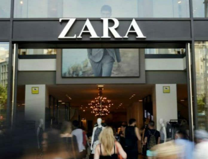 Zara: Αυτό είναι το πιο hot trend παλτό της πόλης!