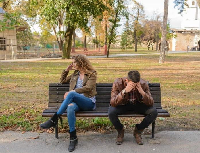 11 πράγματα που οι άντρες ΔΕΝ βρίσκουν καθόλου ελκυστικά σε μία γυναίκα!