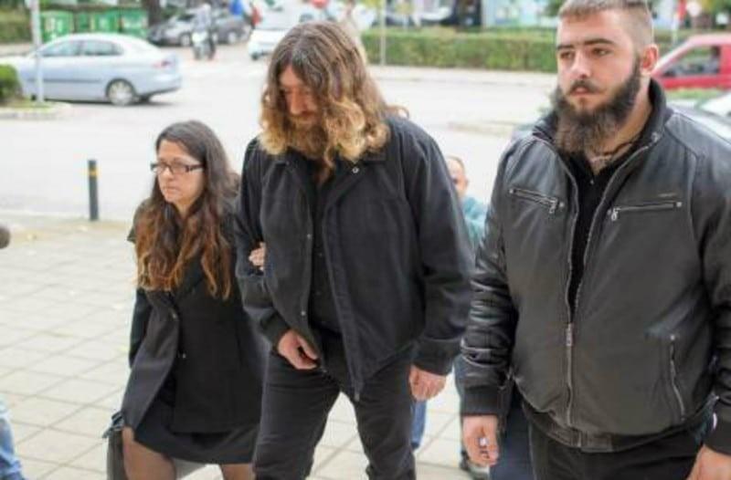 Βαγγέλης Γιακουμάκης: Στο εδώλιο του κατηγορουμένου ο πατέρας του! (βίντεο)