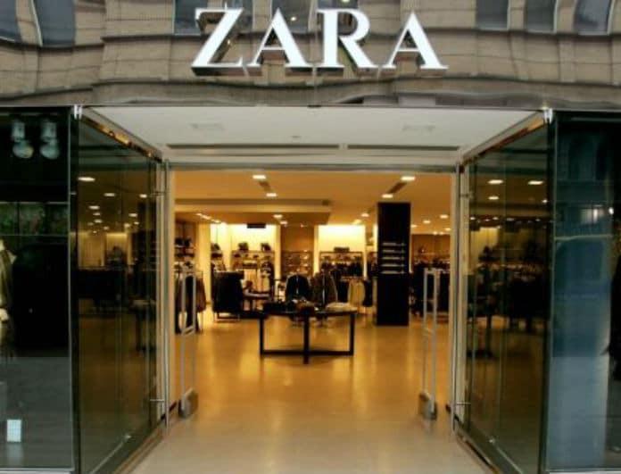 Ζara: Αυτό είναι το denim φόρεμα που έχει σπάσει τα ταμεία της αγοράς!
