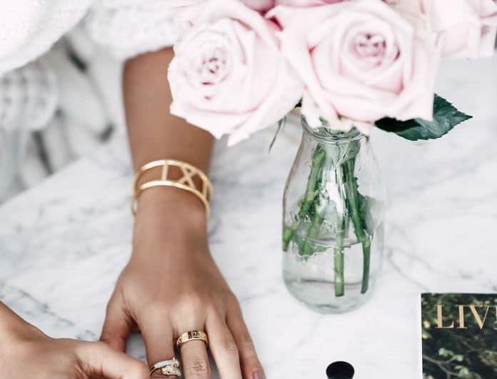 Αυτό είναι το απόλυτο weekend trend στα νύχια που αγαπούν όλες οι fashion bloggers!