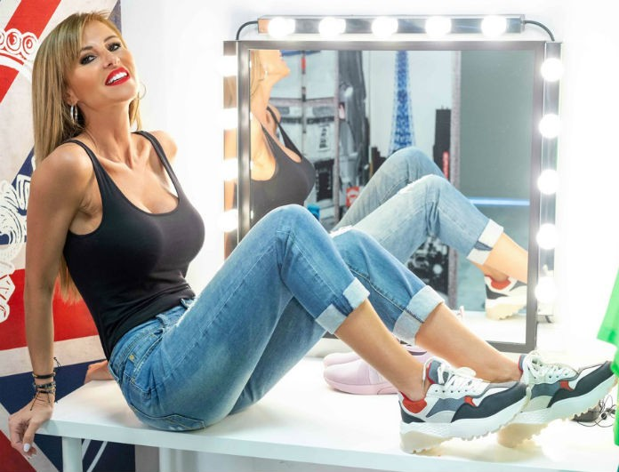 Sneakers: H must επιλογή της σεζόν που τολμά η Ιωάννα Μιχαλέα!