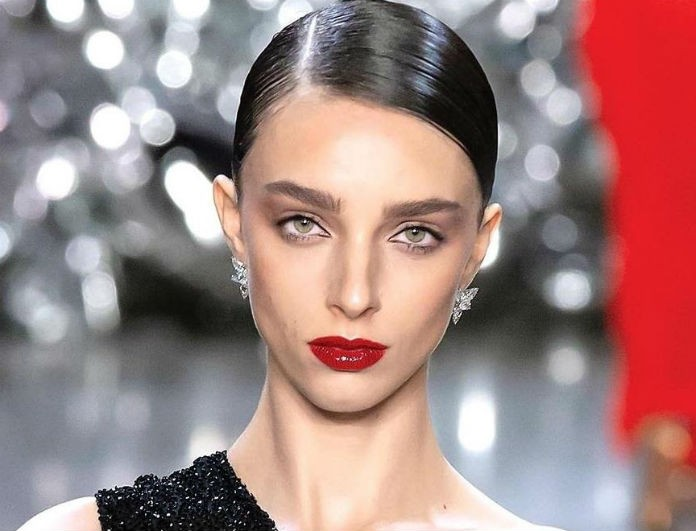 Bold & fabulous! Το κόκκινο χρώμα στα χείλη κάνει δυναμικό comeback!