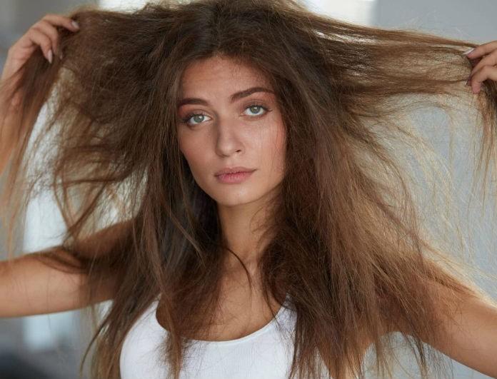 Υπέροχα μαλλιά ακόμα και με βροχή! Οι εύκολοι τρόποι για να αποφύγετε το φριζάρισμα!