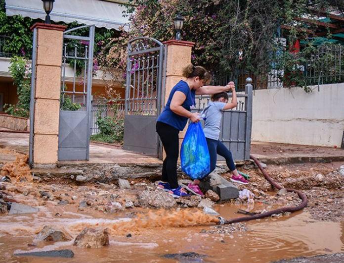 Μάνδρα: Ραγδαίες οι εξελίξεις! Δεν φταίνε οι πλημμύρες, αλλά το ότι δεν έγιναν έργα!