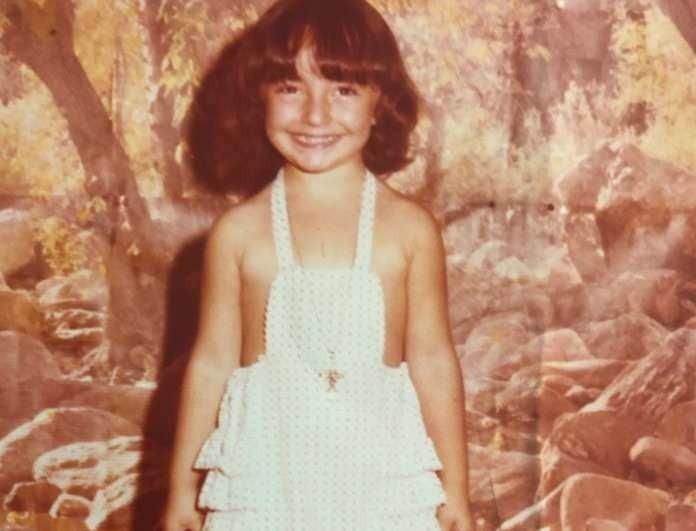 Δεν φαντάζεστε ποια γνωστή Ελληνίδα celebrity είναι το κοριτσάκι της φωτογραφίας!