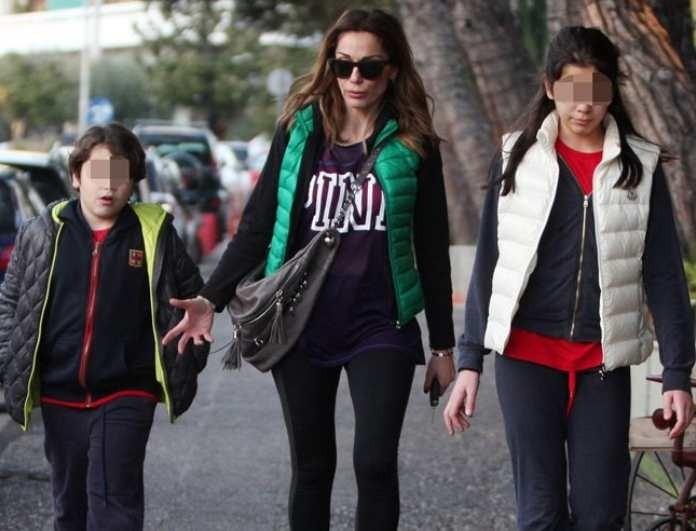 62a70297fa3 Δέσποινα Βανδή: Αποκαλύπτει τα πάντα για τη σχέση με τα παιδιά της ...