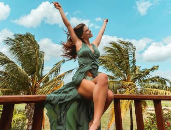 """Χριστίνα Μπόμπα: Ποζάρει με μαγιό στον Άγιο Δομίνικο και """"ρίχνει"""" το Instagram!"""