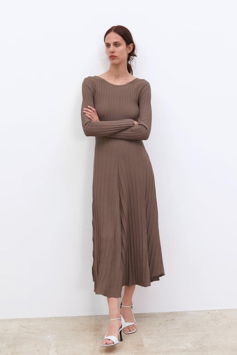 348c0cdd378a Zara: Τα 20 φορέματα της νέας συλλογής κεντρίζουν ... | Funky ...
