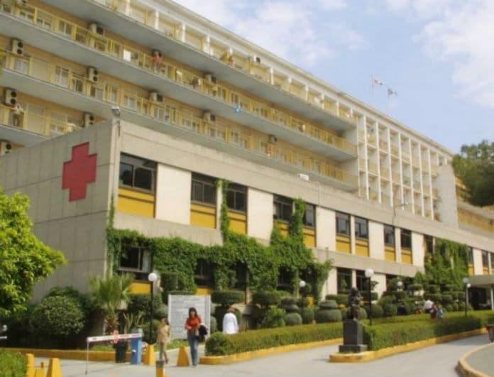 Τραγωδία Φάληρο: Σε κρίσιμη κατάσταση η υγεία του 5χρονου που καταπλακώθηκε από γκαραζόπορτα!
