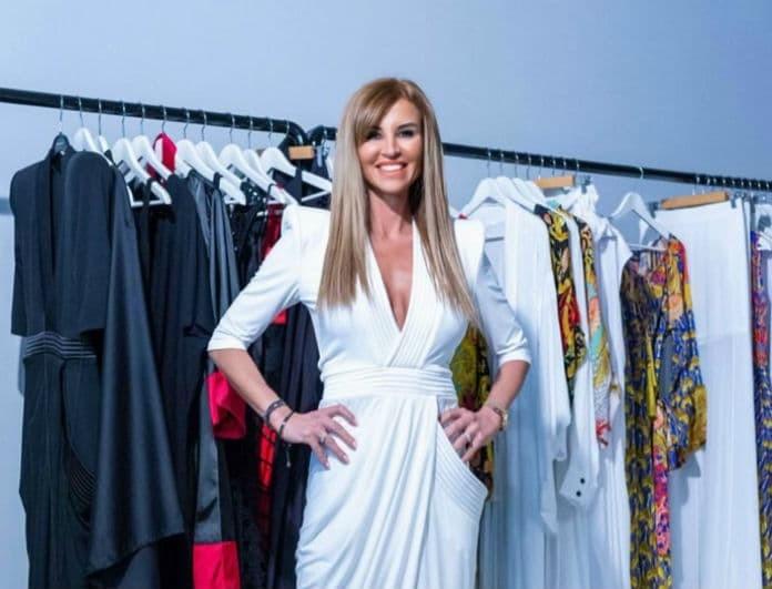 Ένα φόρεμα που θα τραβήξει όλα τα βλέματα από τα WHITE BOUTIQUE! Από την Ιωάννα Μιχαλέα...