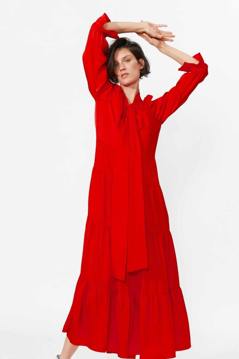 799773b2f51 Zara: 9 +1 μάξι φορέματα από τη νέα συλλογή που λατρεύουν οι ...