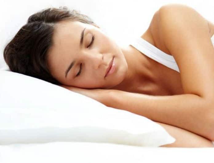 12 τρόποι για να κοιμηθείτε βαθιά, να είστε χαρούμενοι και χαλαροί!