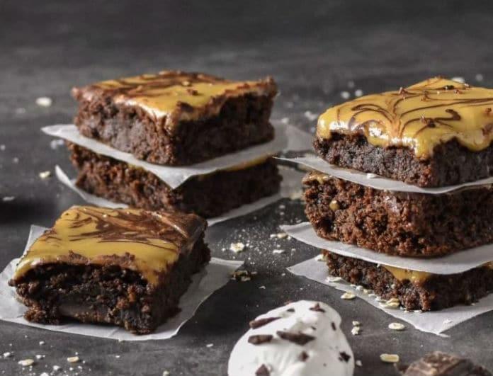 Χωρίς τύψεις! Healthy Brownies με επικάλυψη χαλβά!