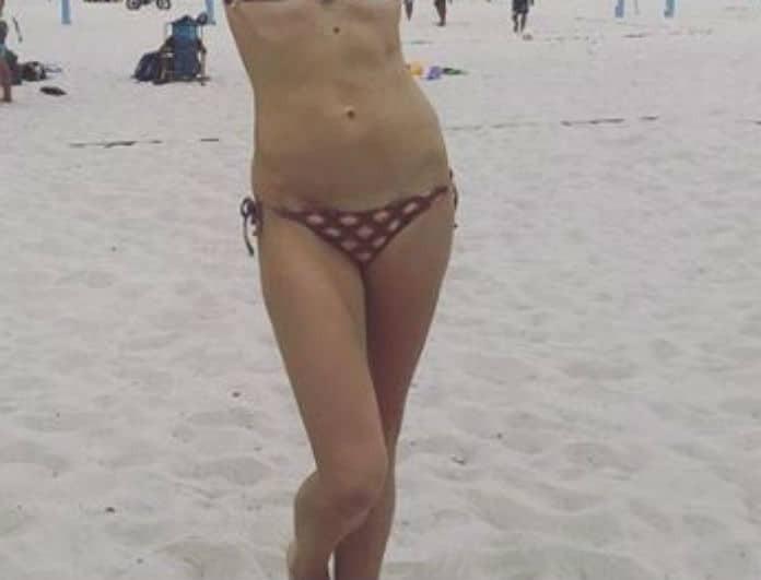 """Πασίγνωστη Ελληνίδα παρουσιάστρια έχει κορμί """"λαμπάδα"""" στα 36 της!"""