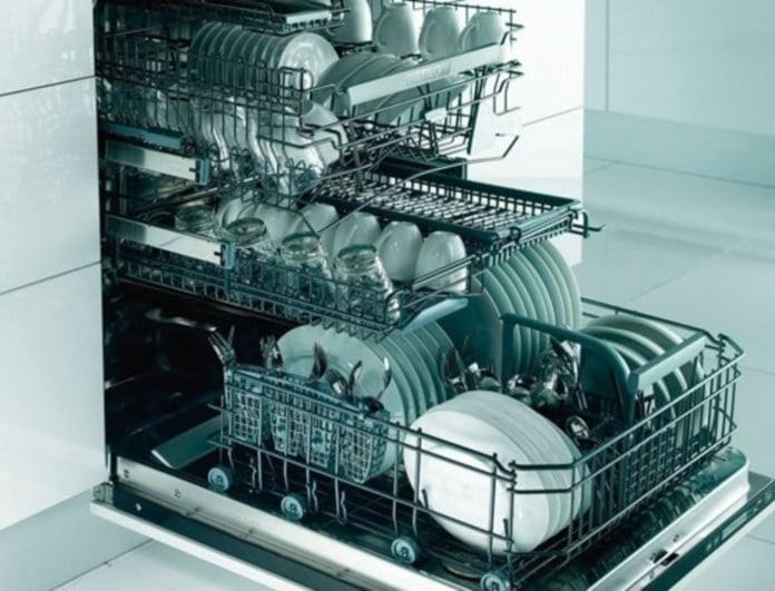 Προσοχή: Αυτά τα 13 αντικείμενα δεν πρέπει να μπουν ποτέ στο πλυντήριο πιάτων!