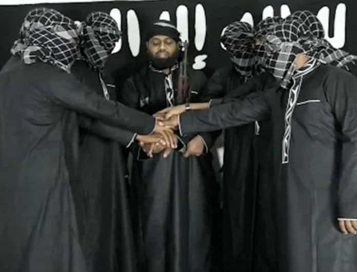 Αυτοί είναι οι έξι «καμικάζι» που ανατινάχτηκαν στη Σρι Λάνκα και σκόρπισαν το θάνατο!