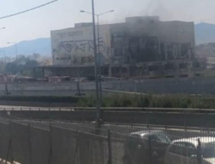 Φωτιά Μεταμόρφωση - εξελίξεις: 8 πυροσβεστικά οχήματα στο σημείο!