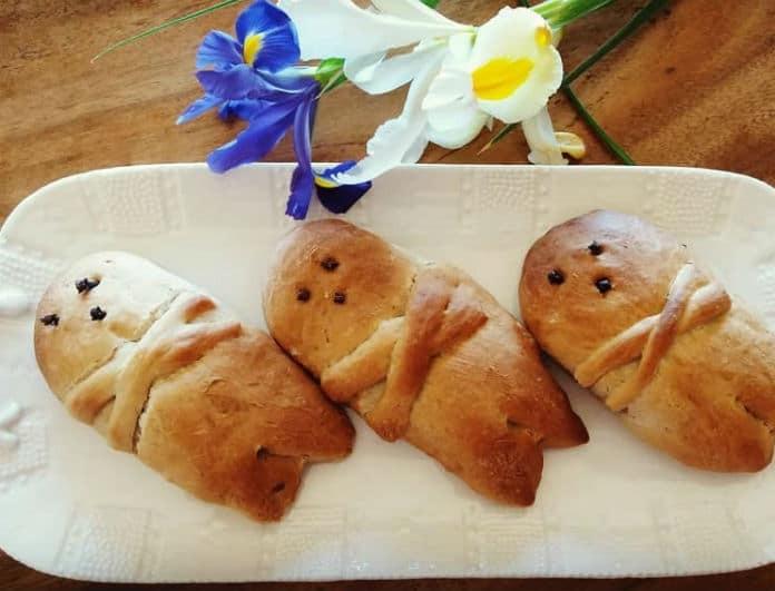 Σπιτικά λαζαράκια: Η συνταγή για το Σάββατο του Λαζάρου που έχει προκαλέσει σάλο στα νοικοκυριά!