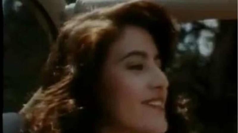 Φωτογραφίες της Κατερίνας Λέχουν πριν την πλαστική στο πρόσωπο! Η μεγάλη μύτη και τα χοντρά φρύδια
