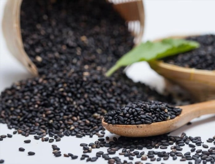Πέντε μαύρες τροφές που ενισχύουν την υγεία σας!