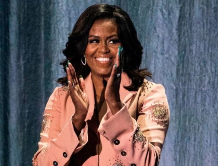 Mισέλ Ομπάμα: Η εντυπωσιακή της εμφάνιση - Πόσο κόστισε το σύνολό της;