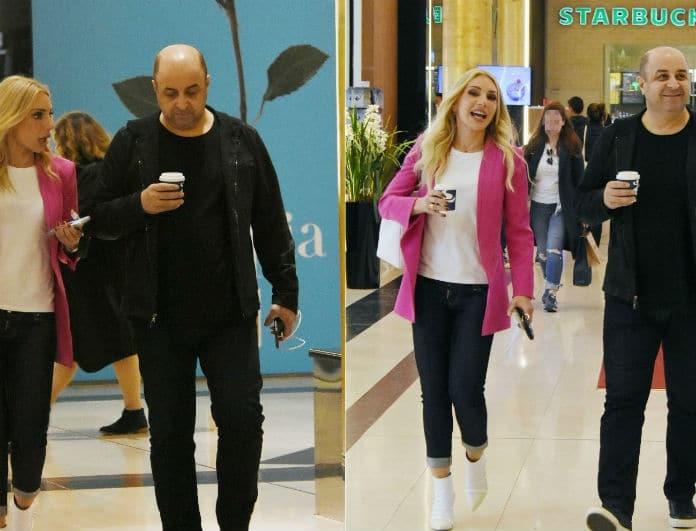 Μάρκος Σεφερλής - Έλενα Τσαβαλιά: Τσακώνονταν σε εμπορικό κέντρο κι όταν είδαν τον φωτογράφο άρχισαν τις τρυφερότητες!
