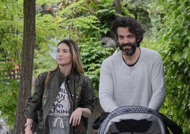 Αθηνά Οικονομάκου: Με μούτρα μέχρι το πάτωμα σε βόλτα με τον Μιχόπουλο και το παιδί! Αποκλειστικές φωτογραφίες...