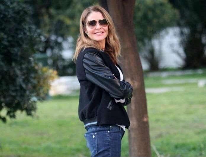 Αμαλία Κωστοπούλου: Μοιάζει σαν δύο σταγόνες νερό με την Τζένη Μπαλατσινού!