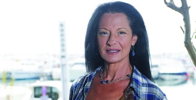 Ελληνίδα ηθοποιός σύμβολο του σ3ξ επιστρέφει στον χώρο!