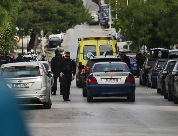 Αυτοκτονία Καλογρέζα: Φωτογραφία γροθιά στο στομάχι από τον κρεμασμένο άντρα στο μπαλκόνι!