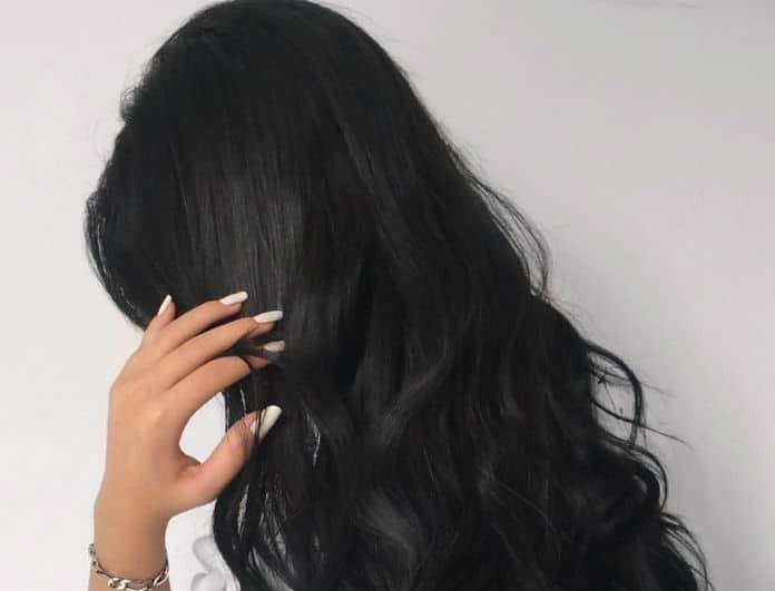 Σκούρα μαλλιά
