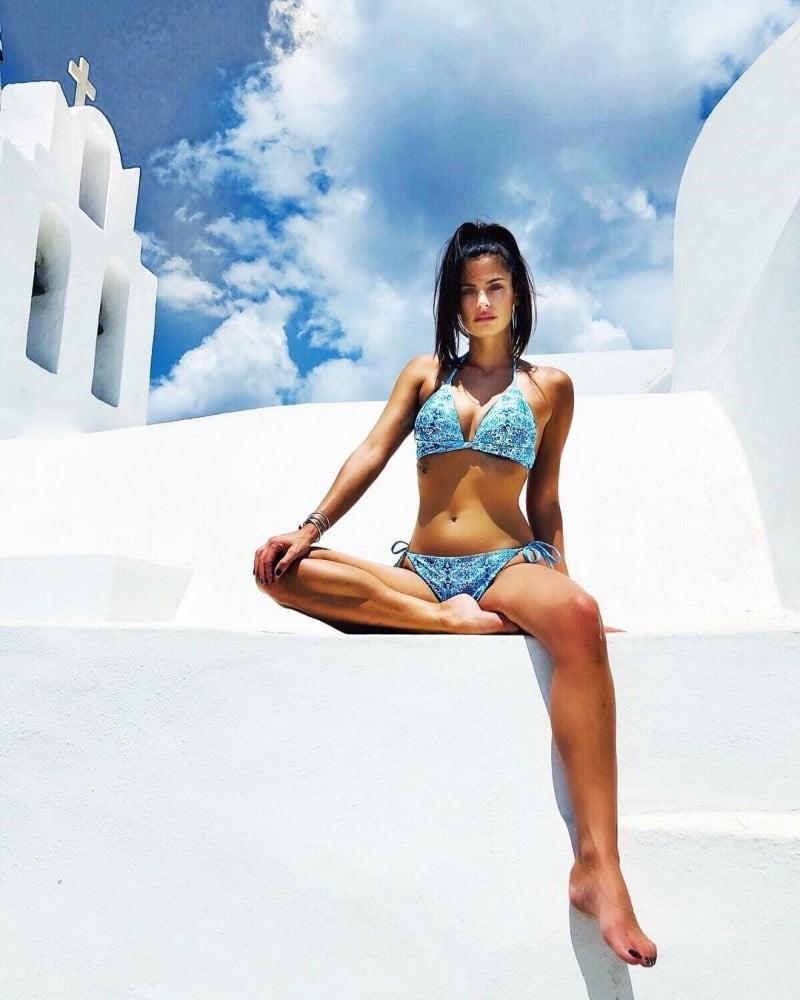 Χριστίνα Μπόμπα: Το μπικίνι των 120 ευρώ που  ξετρελαίνει τον Σάκη Τανιμανίδη!