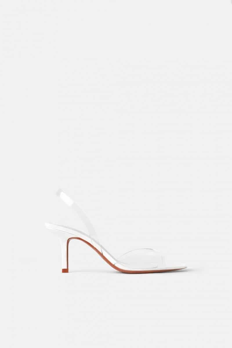 deb91cb4e2 Zara  Αυτά τα χαμηλά πέδιλα κοστίζουν 50 ευρώ και τα έχουν αγοράσει όλες!