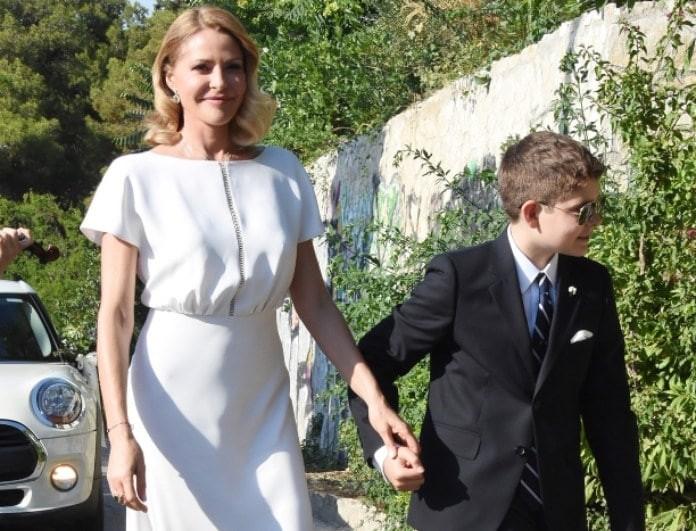 Γάμος Μπαλατσινού - Κικίλια: Η εμφάνιση της νύφης στην εκκλησία! (Βίντεο)