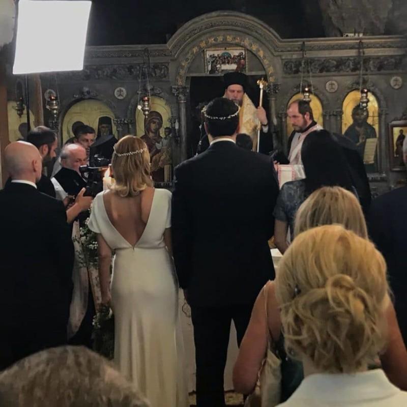 Γάμος Μπαλατσινού - Κικίλια: Η φωτογραφία μέσα από την εκκλησία!