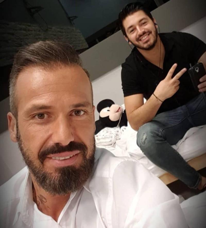 Πάνος Ζάρλας: Ο Νίκος Σπυριδαντωνάκης τον αποχαιρετά δακρυσμένος!