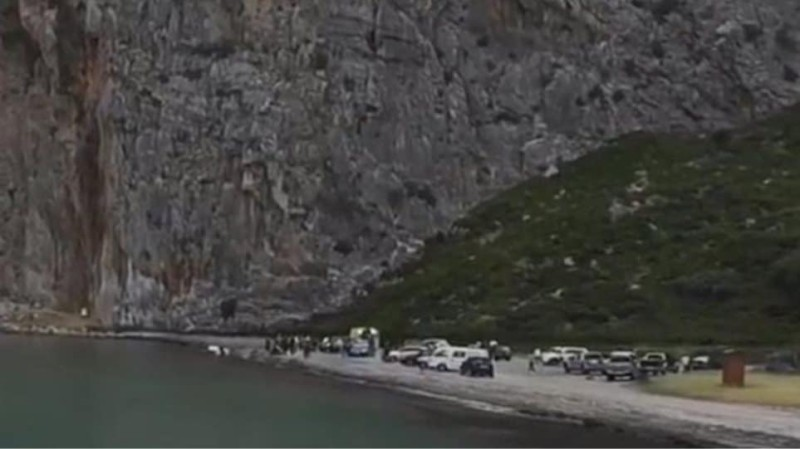 Βίντεο-σοκ: Η στιγμή που ο 31χρονος προσπαθεί να σώσει τη βάρκα και χάνει τη ζωή του!