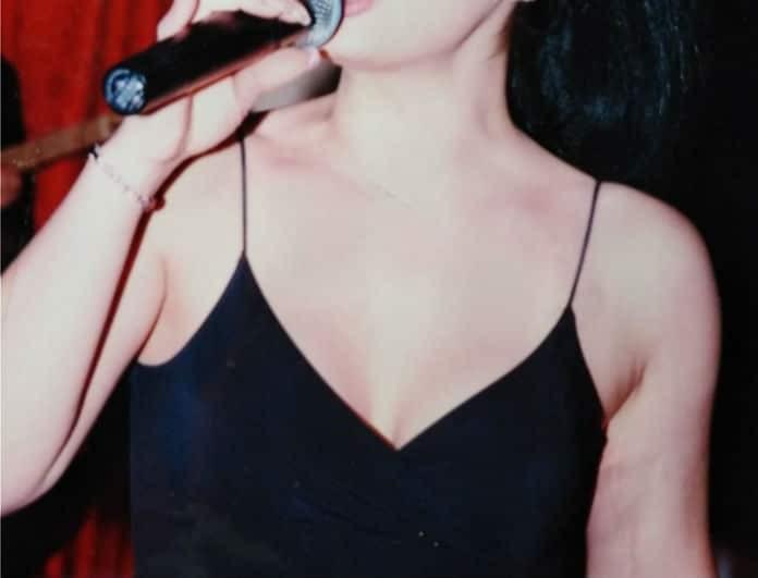 Γνωστή Ελληνίδα τραγουδίστρια είναι κόρη κακοποιού!