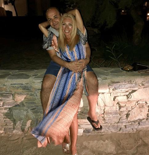 Έλενα Τσαβαλιά: Το μήνυμα για την επέτειο του γάμου συγκίνησε τον Μάρκο Σεφερλή!