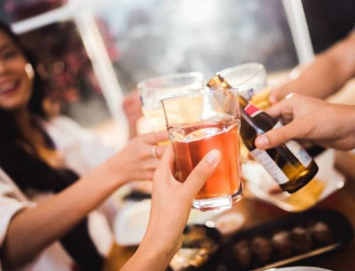 Δίαιτα και αλκοόλ: Πόσο και τι μπορείς να πιείς για να χάσεις κιλά;